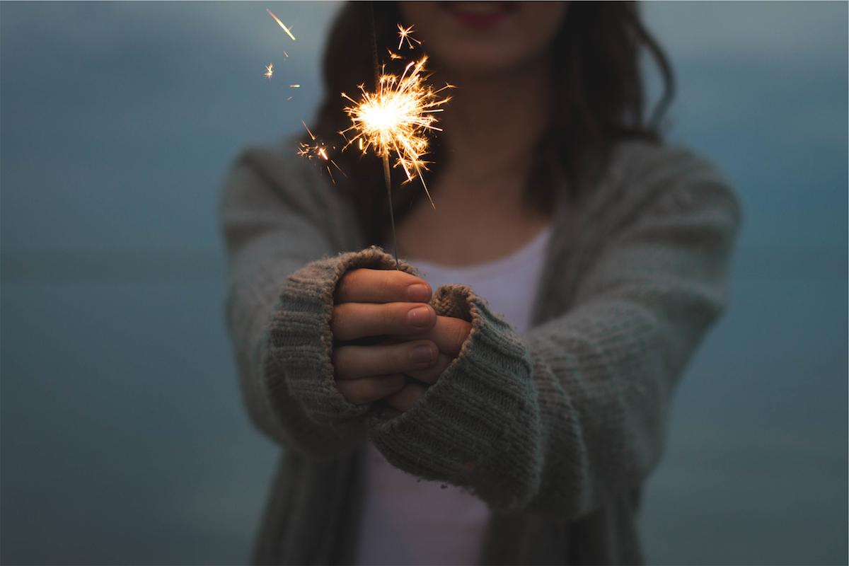100 Posts & One Year of Happy Living | happyliving.com - image via Unsplash