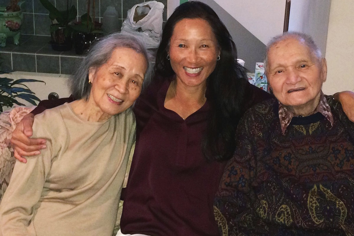 Something Significant: Dr. Jocelyn Dunn with her parents   happyliving.com